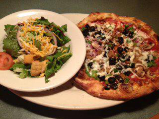 Wednesday Lunch Deal - $6.99 8″ Lunch Pizza and side salad